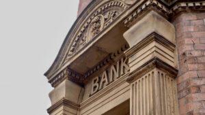 Filing Bankruptcy - Should I Open a New Bank Account?